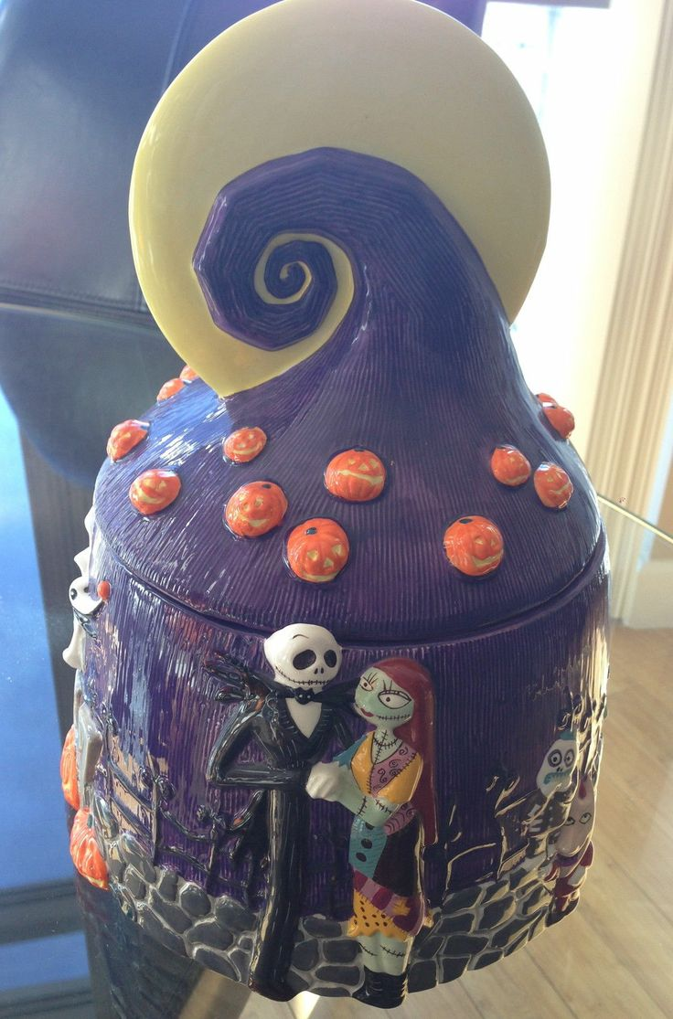 BEAUTIFUL Nightmare Before Christmas Cookie Jar Disney