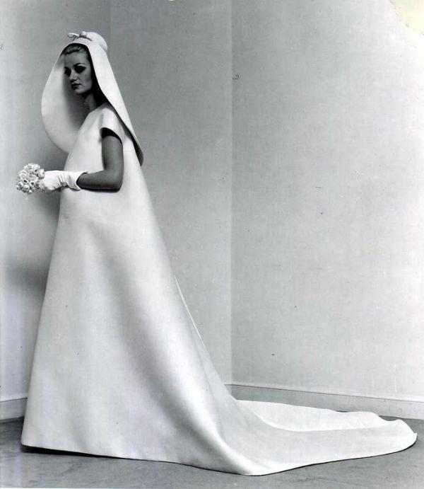 minimalist wedding dress by Cristobal Balenciaga, 1967 Non ...