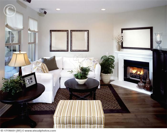 Small Living Room With Corner Fireplace - Modern House on Small Space Small Living Room With Fireplace  id=21340