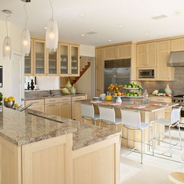 Natural maple cabinets white appliances | Maple Shaker ... on Natural Maple Maple Cabinets With Quartz Countertops  id=69009