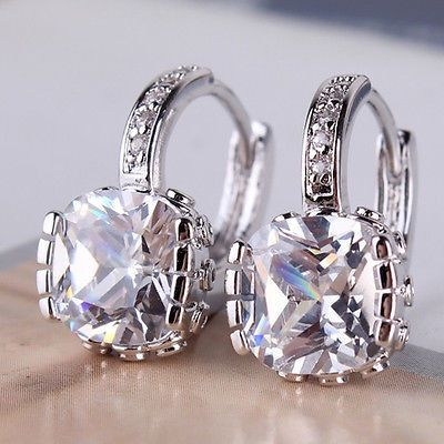 Lisa Rinna S Reunion Show Earrings Housewives Jewelry Luxury Pinterest Reunions