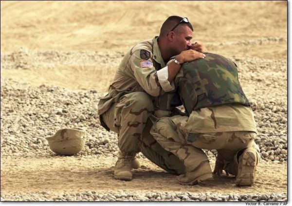 mourning, soldier, sad, war, comfort   Anti-War ...