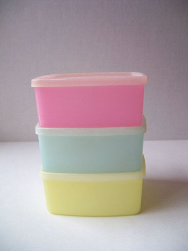guide - de9df7bfa3a06cf5d503328a10087a91  vintage tupperware vintage dishes - The Ultimate Guide To Colour Coding Your Family Fast