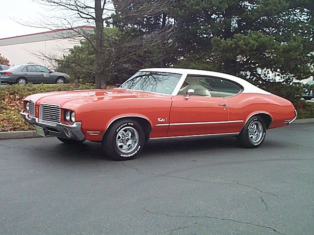 1972 Oldsmobile Cutlass Car My Husband Was Driving When