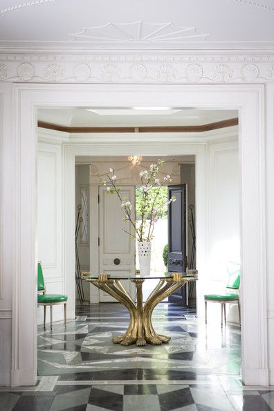 25 Best Ideas About Round Entry Table On Pinterest