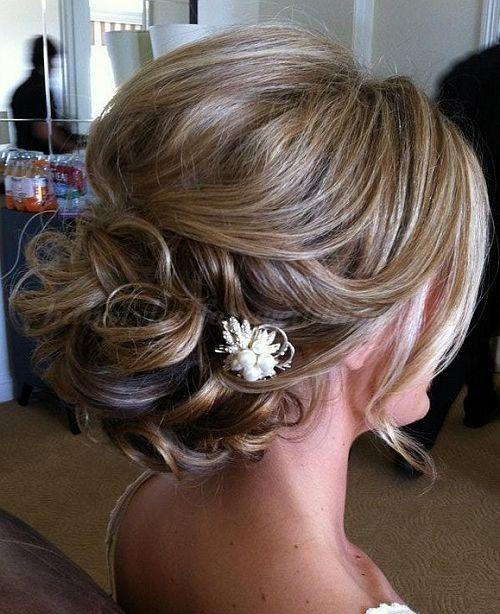 1000 Ideas About Medium Wedding Hairstyles On Pinterest