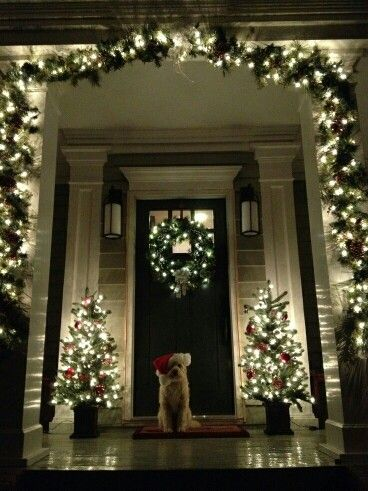 Front porch decor. Simple, elegant and classic. dont forget to decorate outside your home too! spread the cheer around!