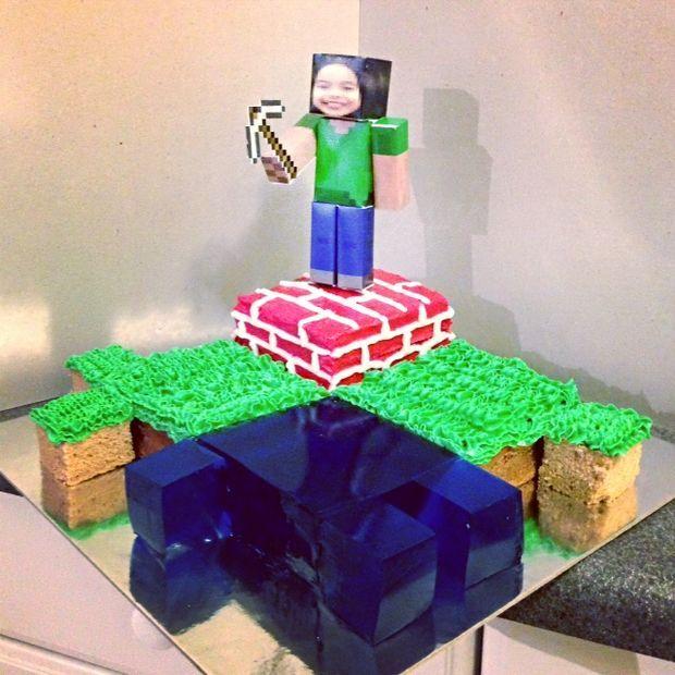 25 Best Homemade Minecraft Cakes Ideas On Pinterest