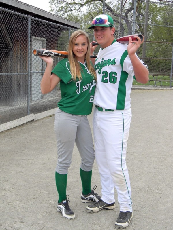 Softball/Baseball/Couples | Softball/Baseball Couple⚾️ ...