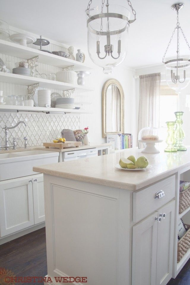 doesnt matter how many times i drool over this kitchen.  its always stunning.