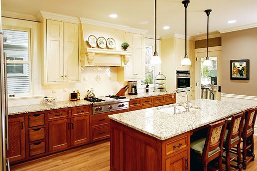 Love Two Different Colored Cabinets But I M Thinking