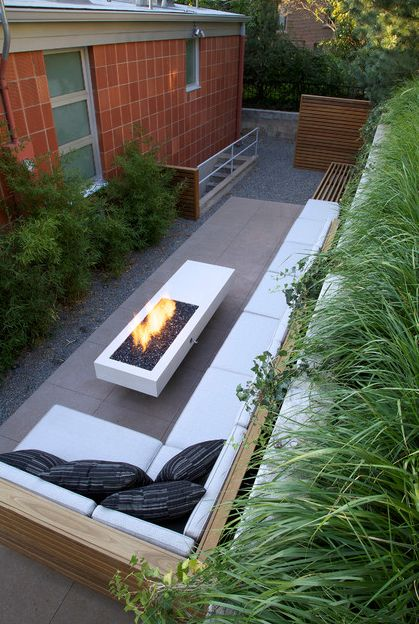 Small, narrow, modern patio | Cool ideas for reusing ... on Small Backyard Patio Designs id=67632