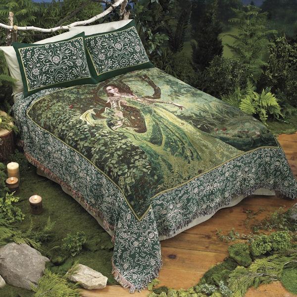 Queen Astranaithes Green Dragon Bedding By Nene Thomas