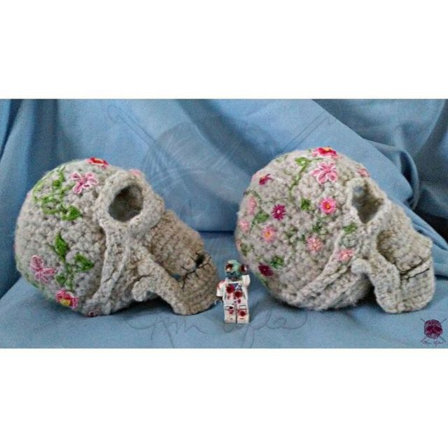 Crochet Sugar Skulls By Kimsofia1 Amigurumi Crochet