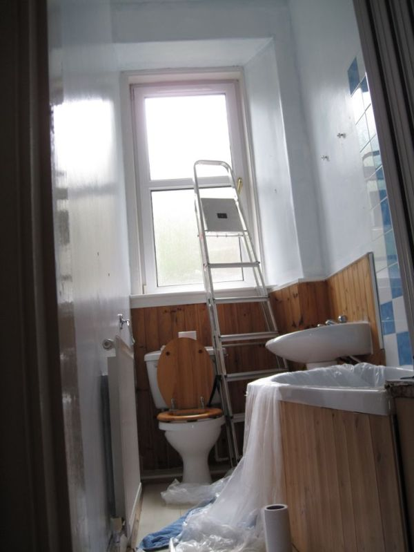 Before Our old Edinburgh tenement flat bathroom These