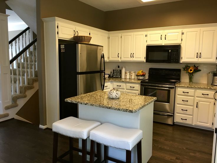 Sherwin Williams Alabaster White Cabinets Amp Spindles