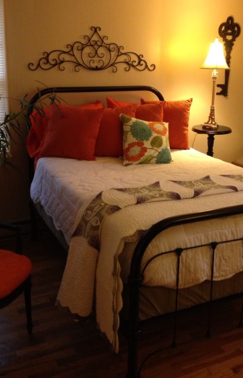 25 Best Ideas About Painted Iron Beds On Pinterest Iron