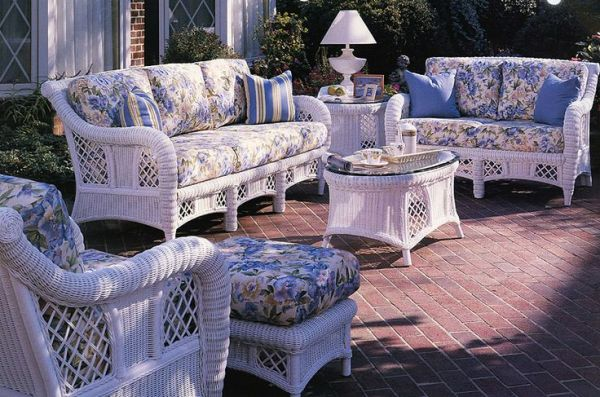 white wicker patio furniture The Carlyle white Patio furniture group by South Sea