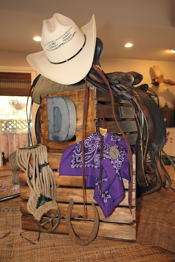 Western Party TCU Decorations Centerpiece For The Buffet