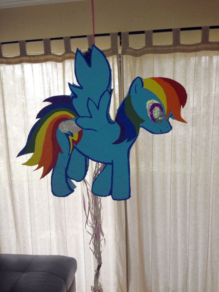 Homemade DIY My Little Pony Piata Rainbow Dash Carboard