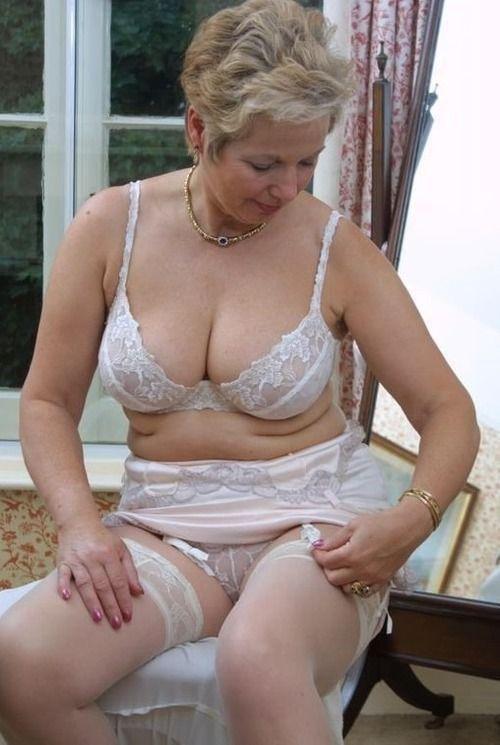 Latina perfect tits