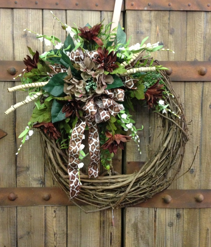 57 Best Images About Grapevine Wreaths On Pinterest