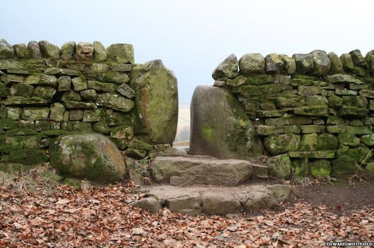 1000 images about drystone walls and homes on pinterest on stone wall id=47641