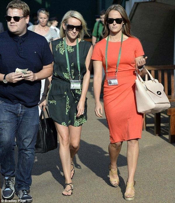 Andy Murray's girlfriend Kim Sears wears a Hobbs dress to ...