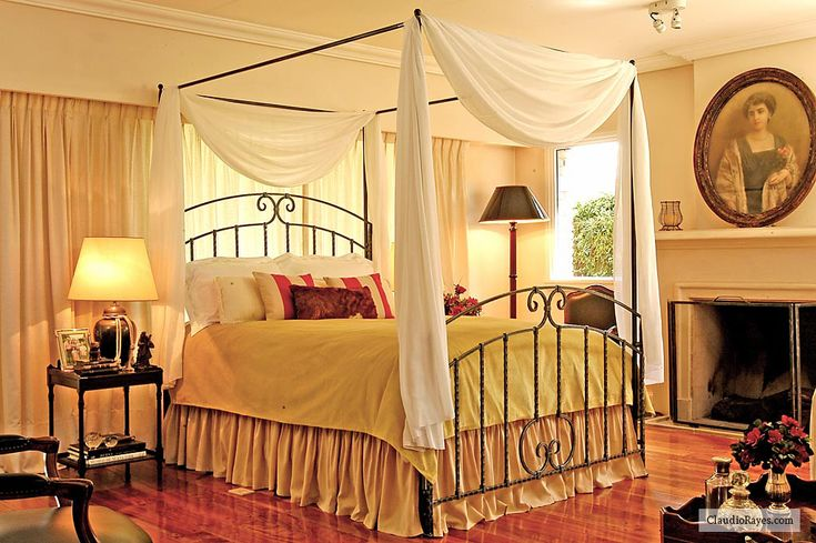 ... Romantic Wrought Iron Beds