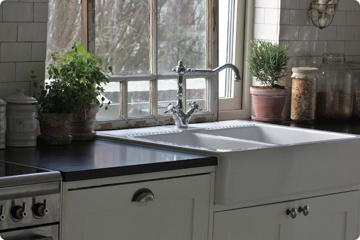 Double Farmhouse Sink Like How The Lip Of The Sink Comes