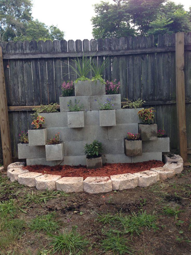 Block Garden Wall Ideas Photograph | ... Cinder Block Garden on Backyard Cinder Block Wall Ideas  id=90561