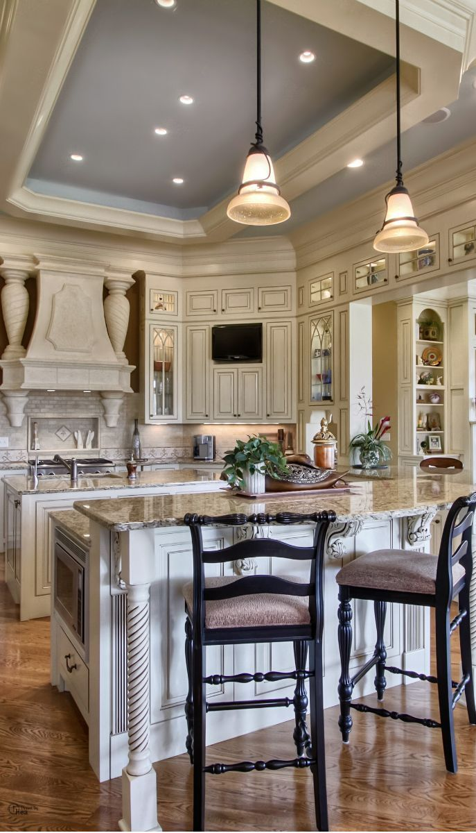 109 best images about french country kitchen on pinterest stove french kitchens and cabinets on kitchen remodel french country id=88745