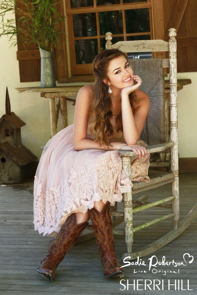 Sadie Robertsons Prom Dress – Sherri Hill – Dresses