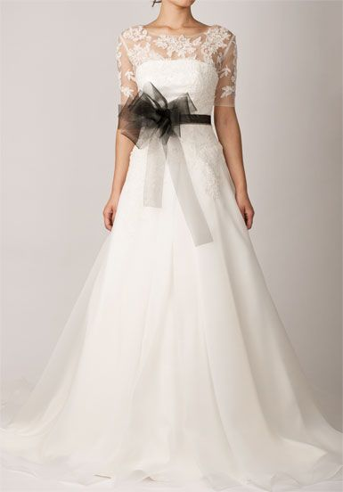 Strapless A-line Cathedral Train Scalloped Edge Wedding Dress  **  I love this i