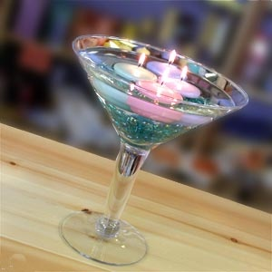 Wildflower Weddings Blog: Decorations: Wine Glass / Martini Glass Centerpieces