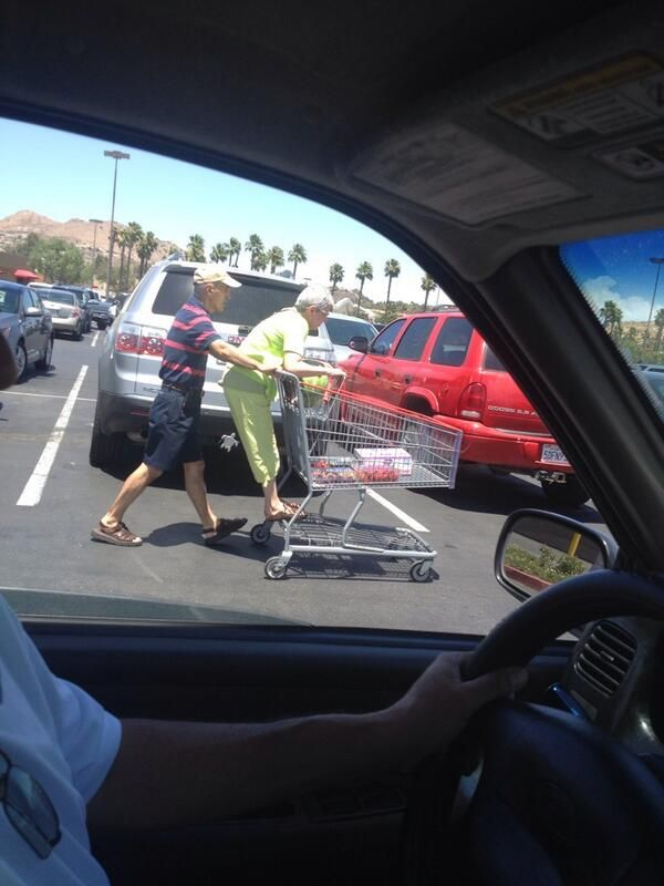26 People Who Redefined Relationship Goals In 2014 …this cute & hilarious as hell