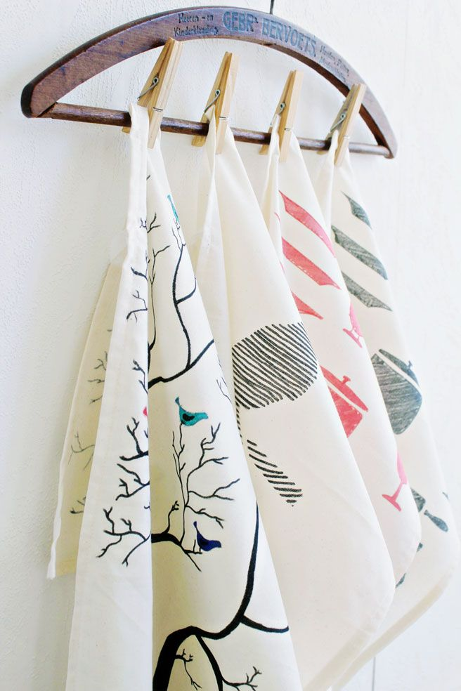 I am so excited to show this tutorial! I made these tea towels from scratch and hand painted the drawings on them. It was so much