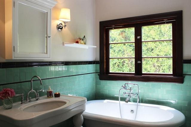 86 Best Images About Bungalow Bathrooms On Pinterest