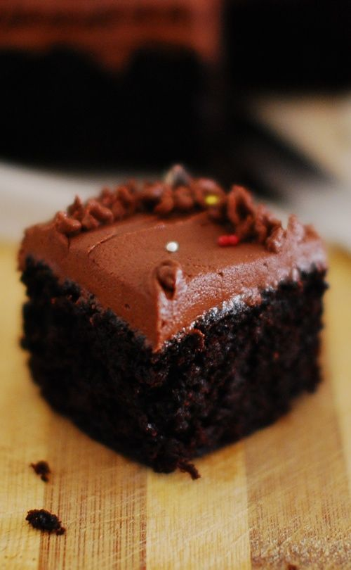 Recipe Of Eggless Moist Chocolate Cake With Step By Step