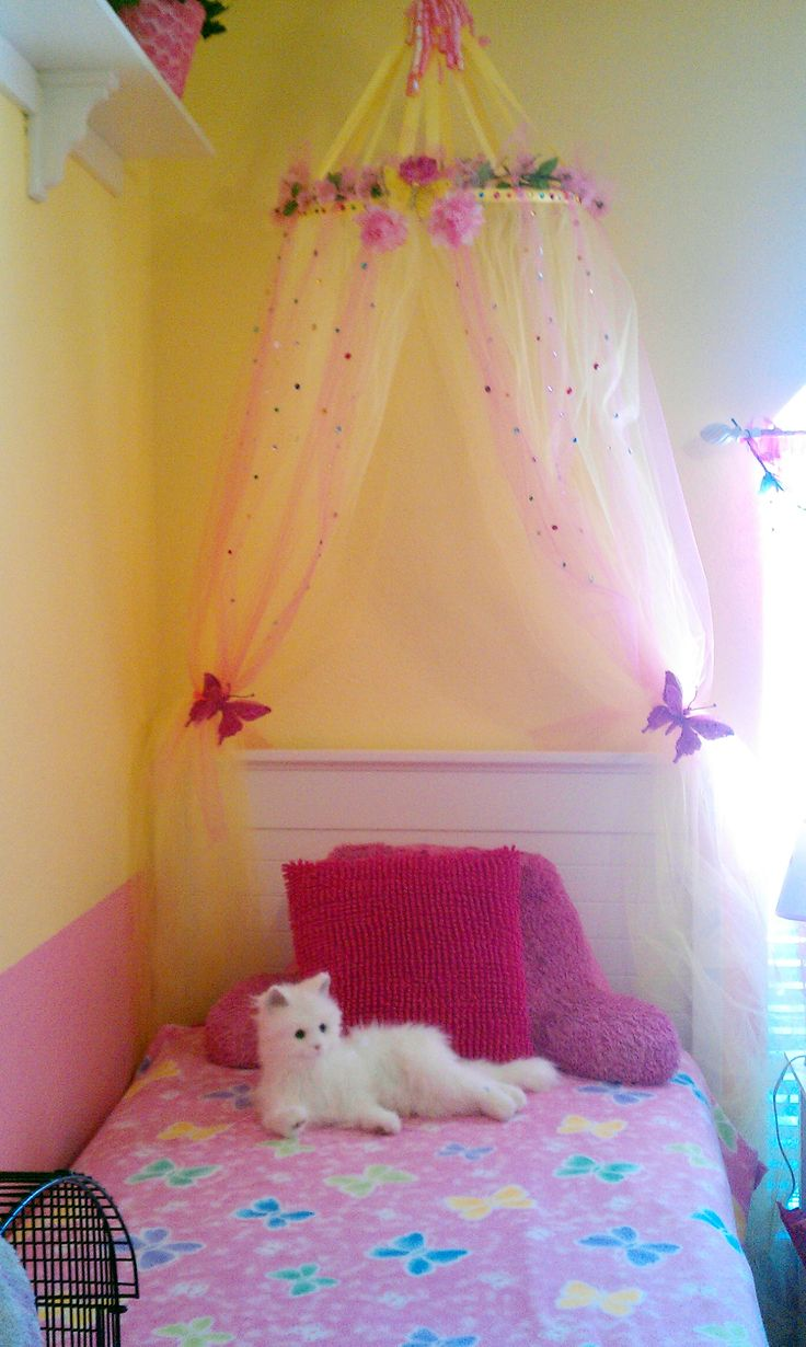 1000 Ideas About Girls Canopy Beds On Pinterest Girls Bedroom Canopy Beds For Girls And