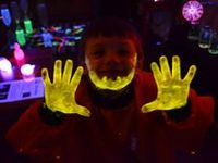1000+ images about Glow in the dark, UV, blacklight on ...