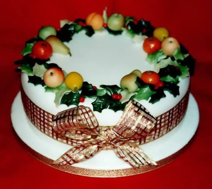 How To Decorate A Christmas Cake Without Marzipan