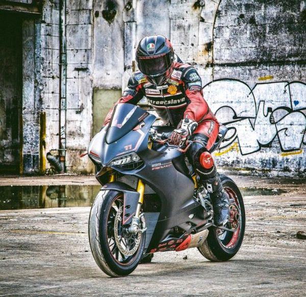 Badass bike, badass gear owner/ rider @streetslave77 www ...