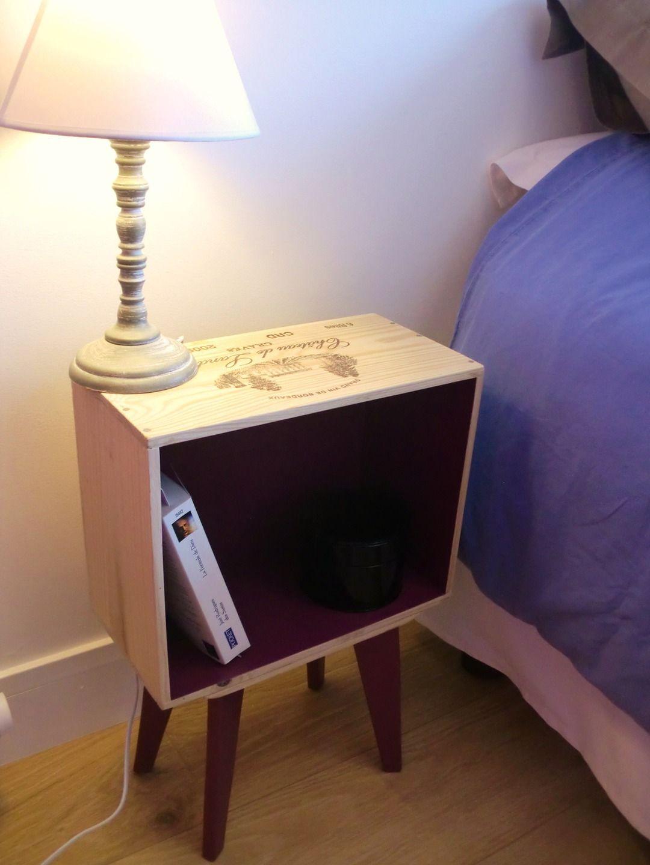ensemble de 2 tables de chevet en caisse de vin pieds compas fait main