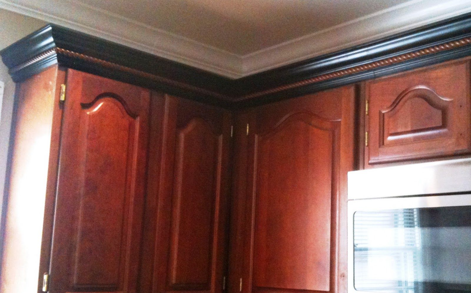 kitchen cabinet trim wrong door style and color but right trim kitchen pantry pinterest on kitchen cabinets trim id=72073