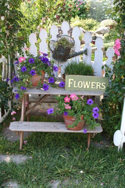 flowers for cottage style gardens Cottage+Garden |  you could say I have a cottage-style