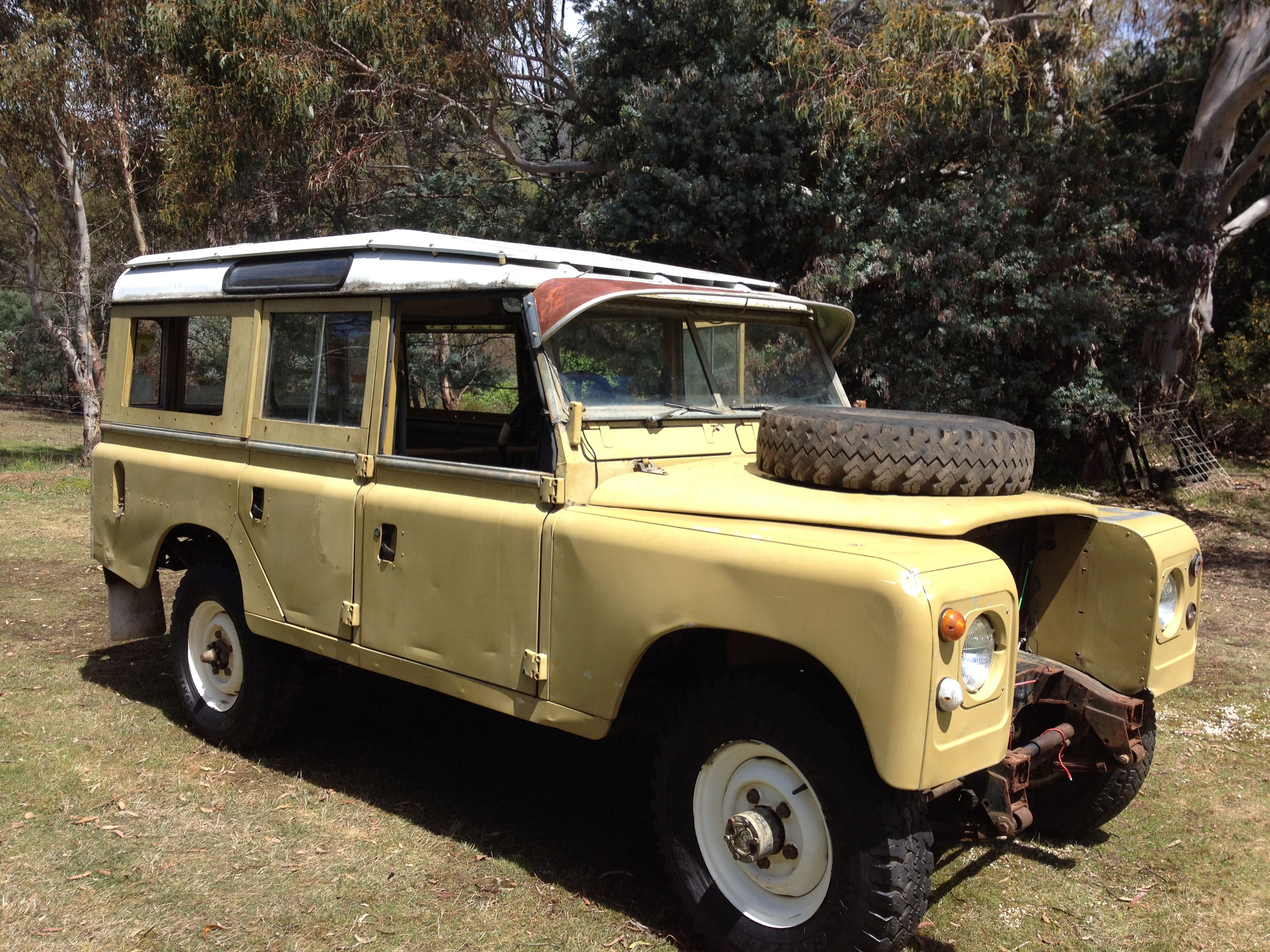 This is my land rover series 3 as is as I purchased to