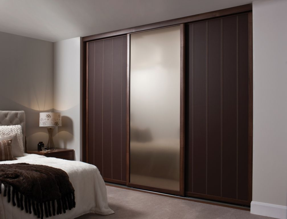 Create A New Look For Your Room With These Closet Door Ideas Mirrored Doorssliding Wardrobe