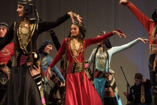 Women Costume - Acharuli - A to Z Challenge