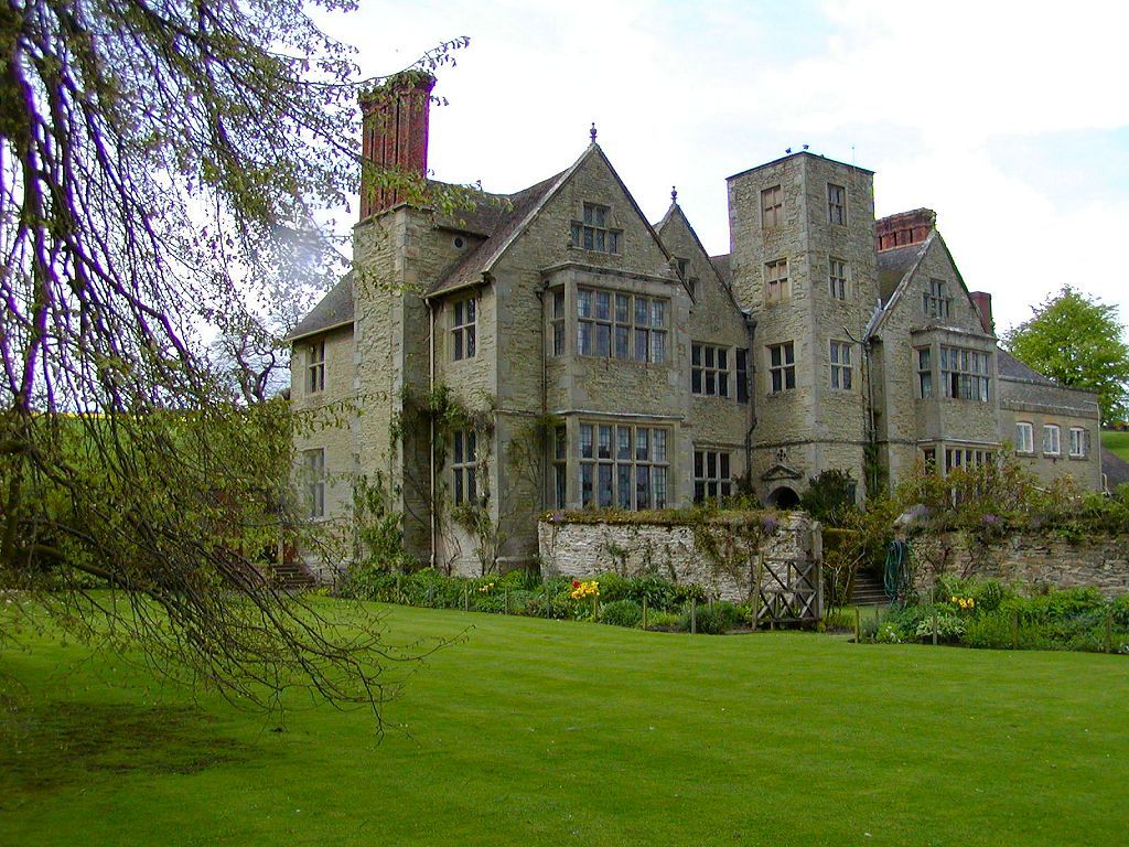 Old English Manor In The Cotswolds